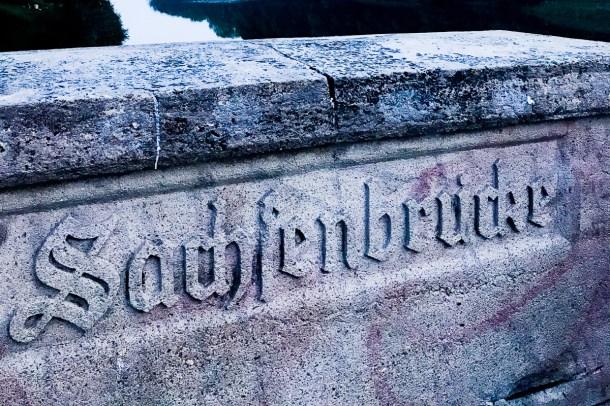 sachsenbruecke leipzig place to be rotkaeppchen fruchtsecco deut