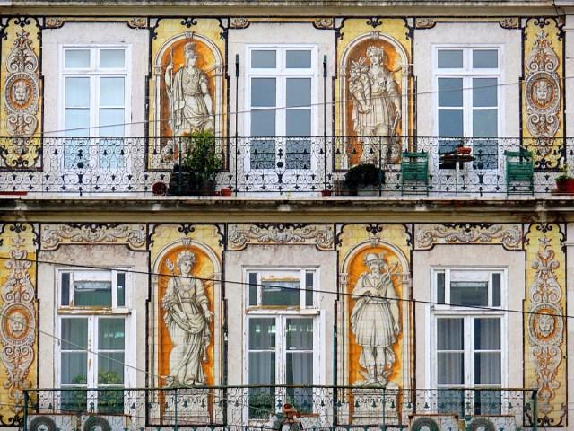 Os 10 melhores locais secretos para descobrir em lisboa - Azulejos para fachadas ...