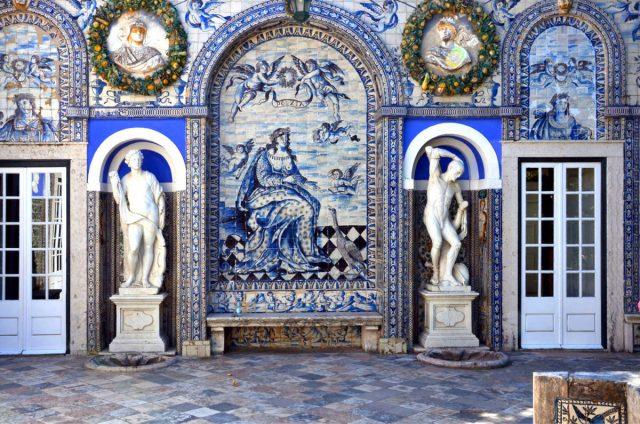 Os 9 melhores locais para ver azulejos em lisboa e for Casa dos azulejos lisboa