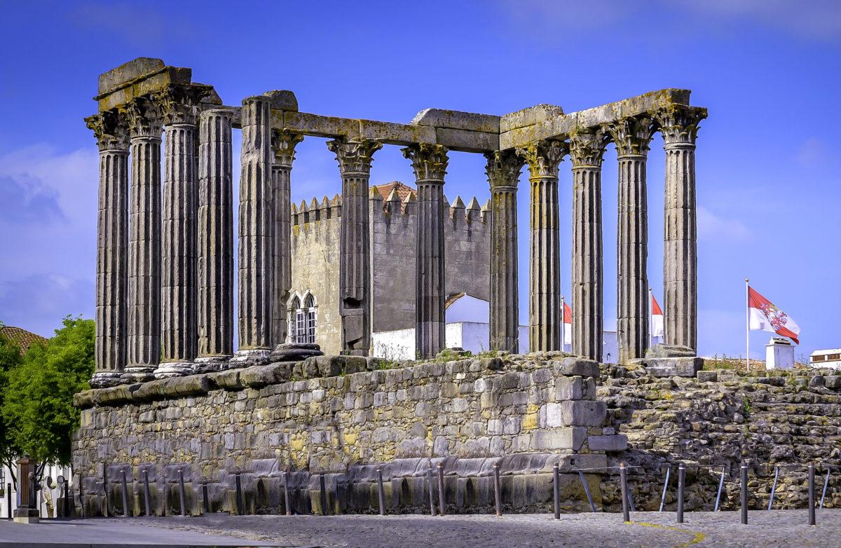 templos romanos