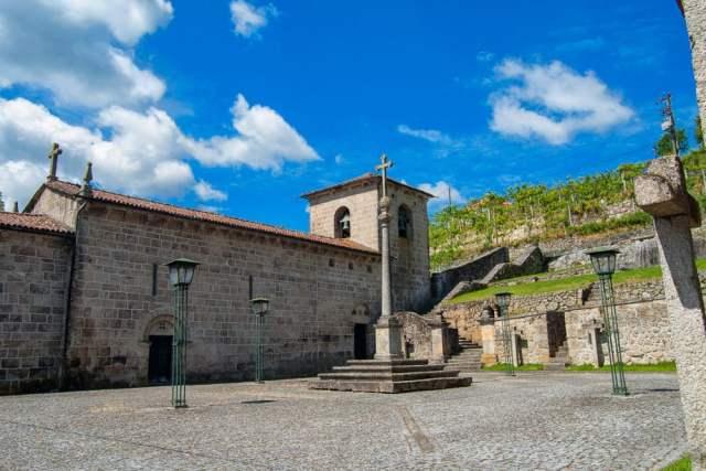 Mosteiro de São Martinho de Crasto
