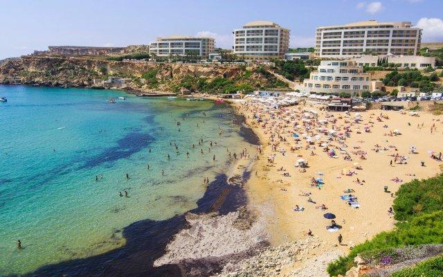 Baía Dourada (Malta)