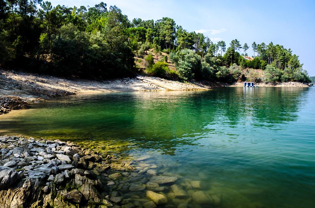 Praia Fluvial de Vila Nova-Serra