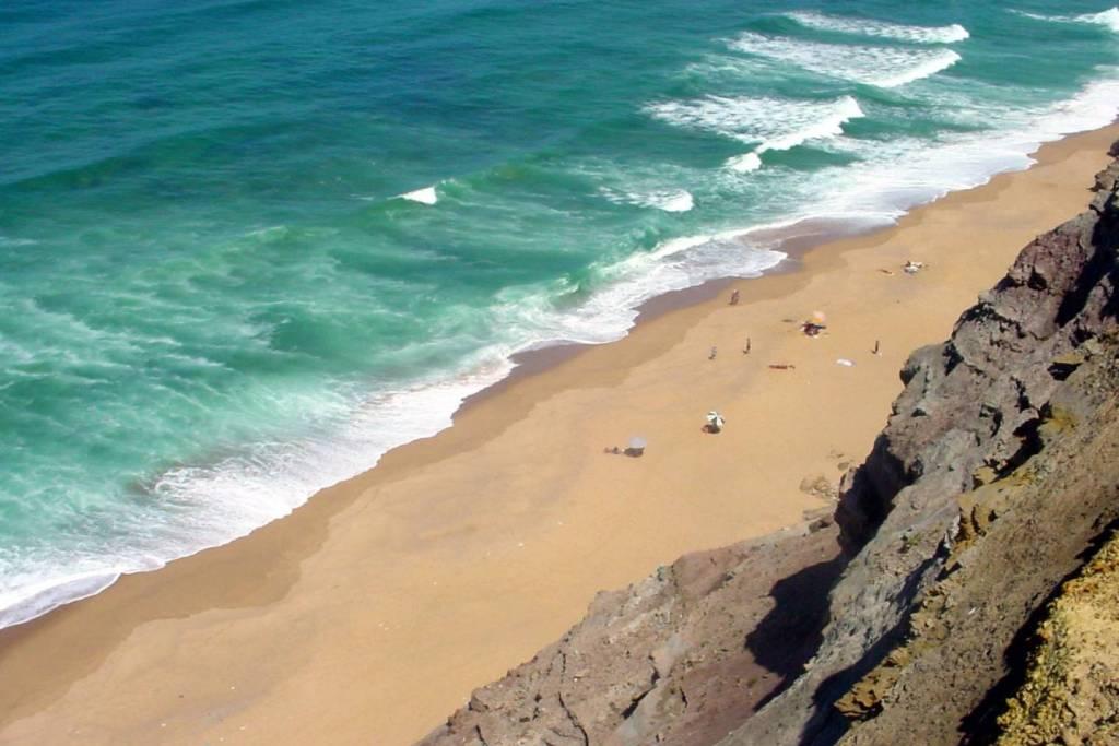 Praia das Amoreiras