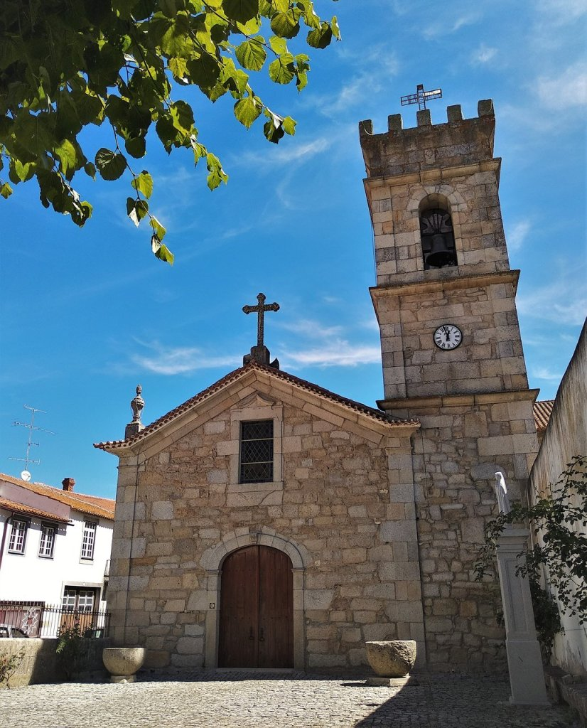 Igreja Matriz de Almeida