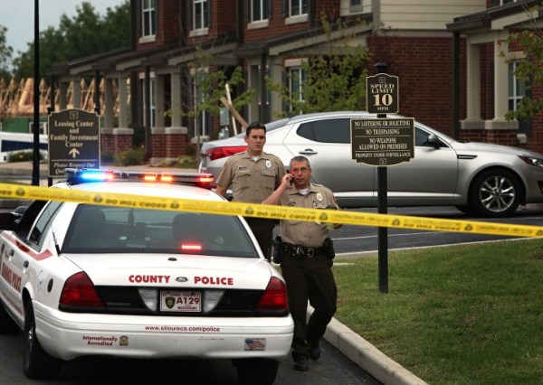 Jennings, MO - Officers Kills Black Armed Suspect In St ...