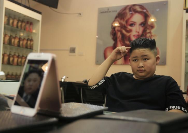Hanoi Vietnam Kim Or Trump Hanoi Barber Offers Leaders