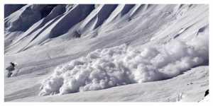 Savoie : au moins une dizaine de skieurs emportés dans une avalanche