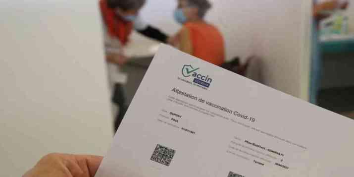 Trafic de faux certificats de vaccination: un an de prison ferme