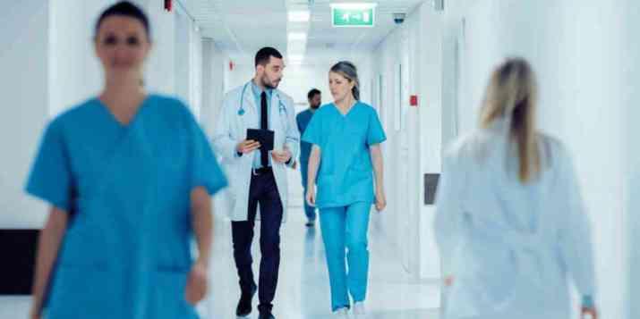La FHF estime le surcoût des contrôles du passe sanitaire à l'hôpital à 60 millions d'euros