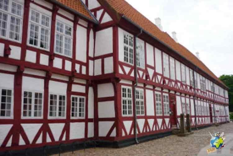 château d'aalborg avec logo