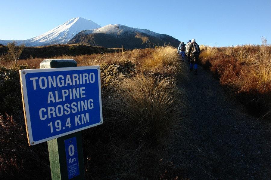 adventures-tongariro-crossing-1a