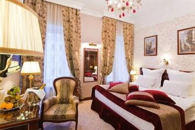 ou-dormir-à-saint-petersbourg-Boutique-Hotel-Golden-Triangle