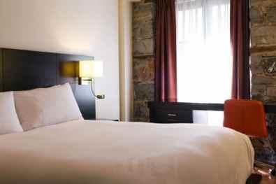 Montreal-Petit-Hotel-chambre-0