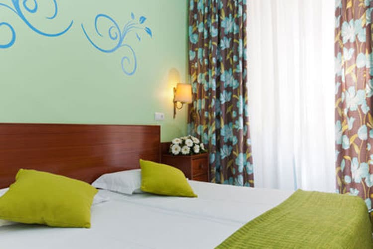Lisbonne-Residencial-Florescente-chambre-1