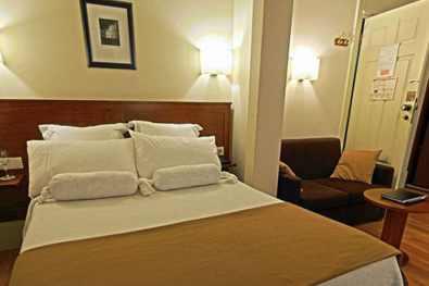 Porto-Hotel-Aliados-chambre-0