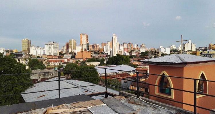 les dessus de la capitale: Asuncion - Vivre au Paraguay