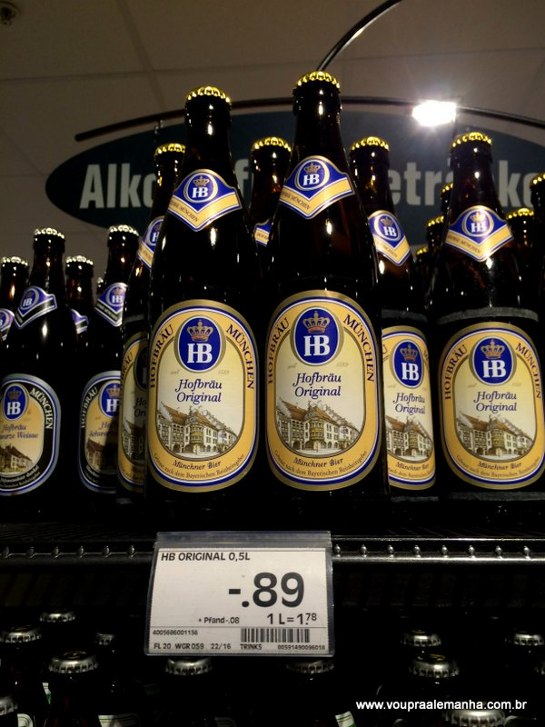 HB (Hofbräuhaus) 500 ml: € 0,89