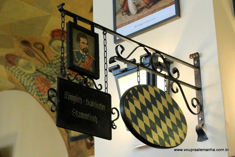 Mesa cativa na Hofbräuhaus