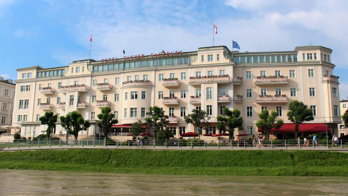 Um dos hotéis mais luxuosos onde ficar em Salzburgo: o Hotel Sacher