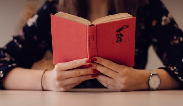 20 Reasons Why You Love To Read Books