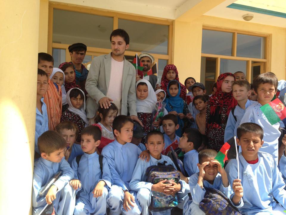 2014-07-kdz-zabi with the kids
