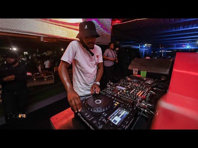 Kabza De Small X DJ Maphorisa – Phakamisele Ft Boohle