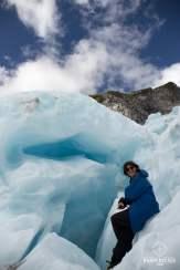 Mumu à l'entrée d'une crevasse - Glacier Franz Josef