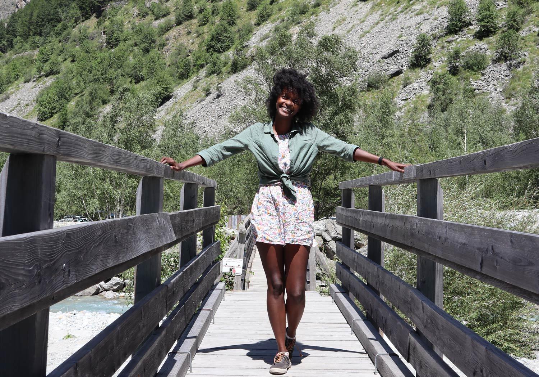 Maya est devenue webdesigner et travaille désormais en freelance pour pouvoir voyager.