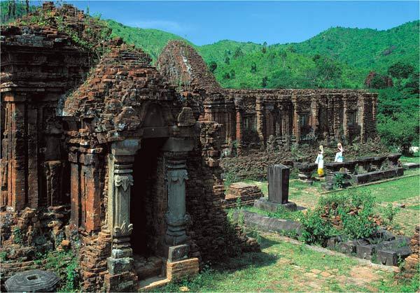 En royaume Champa : My Son, vallée des temples Cham