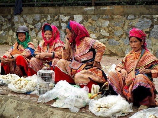 Marché de Bac Ha par Ibon Cano