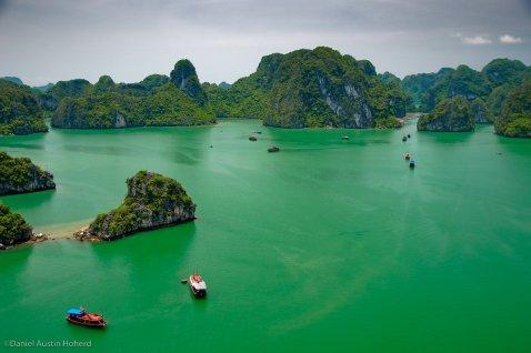 Baie d'Halong par Daniel Hoherd