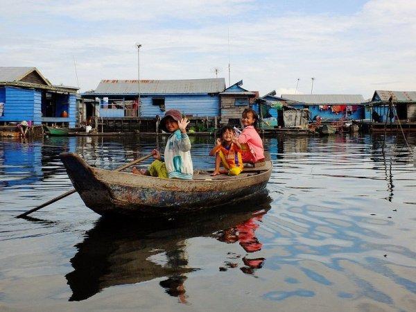 Village de Kampong Luong - Cambodge par Tee La Rose