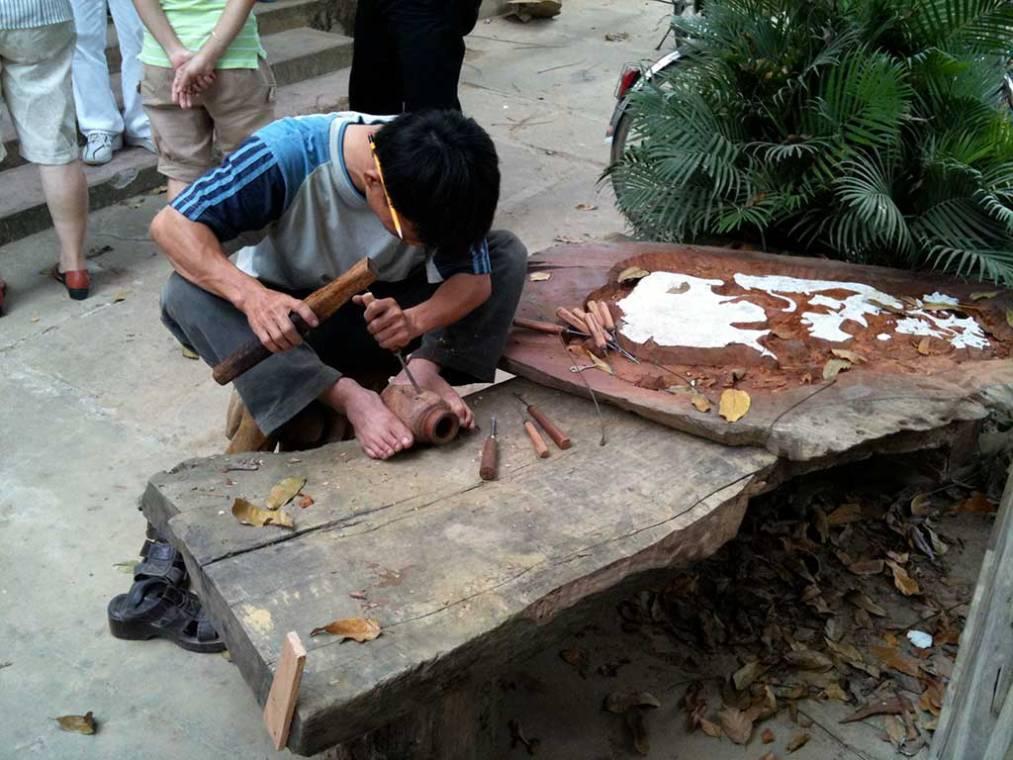 Sculpteur sur bois - Kim Bong, Quang Nam, Vietnam
