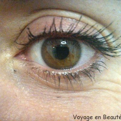 Make-Up For Ever Smoky Extravagant Mascara par voyage en beauté