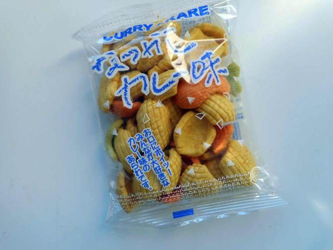 okashi-connection-box-candy-treats-snacks-confiseries-japonais