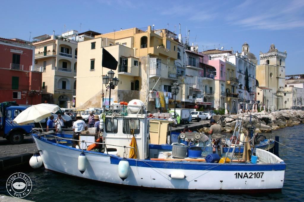 castelo-aragonese-04-voyage-en-beaute