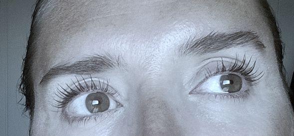 test-mascara-volume-1-seconde-bourjois-voyage-beaute-apres.jpg