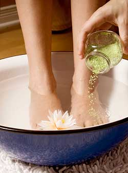 soin-pieds-pedicure-conseils-gommage