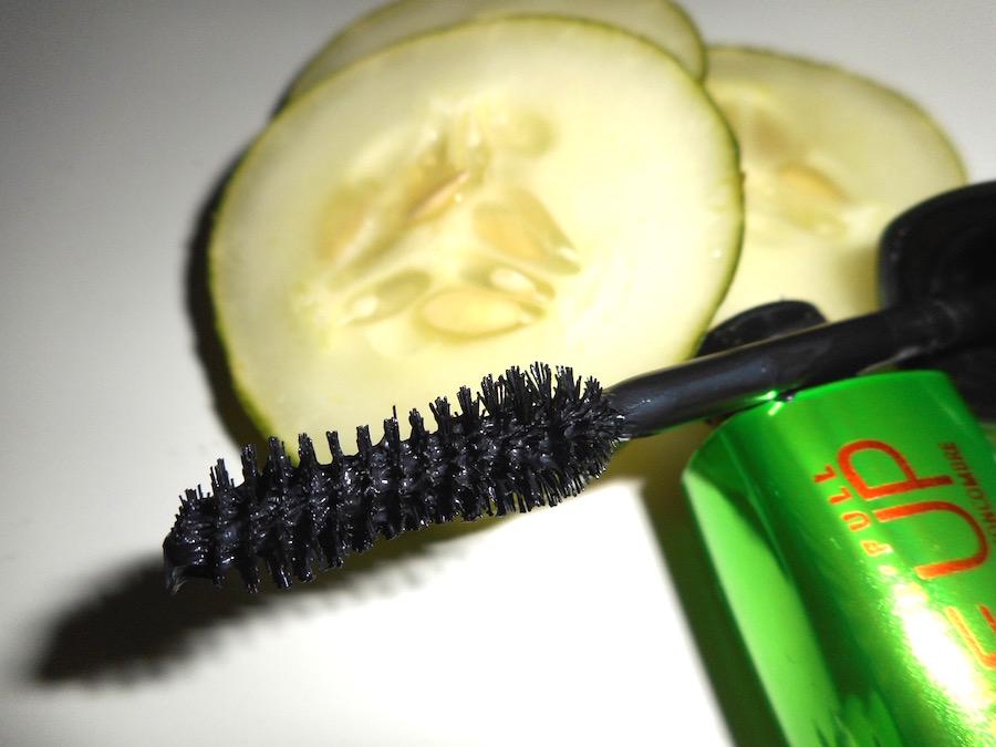 mascara-wake-me-up-wonderfull-concombre-rimmel-london-avis-test-1