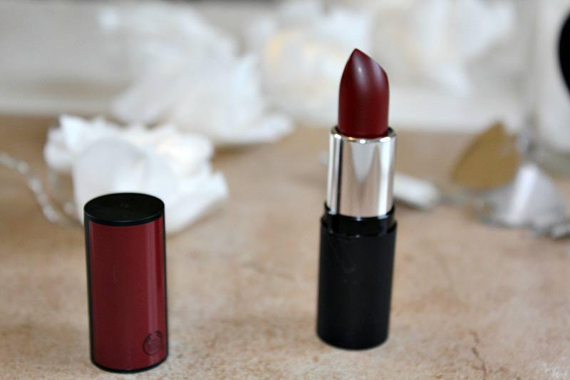 thebodyshop-osaka-plum-matte-rouge-levres-lipstick