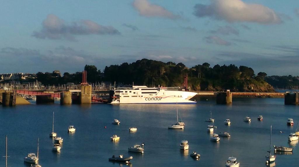 voir-faire-1-jour-jersey-ferry-activites-itineraire