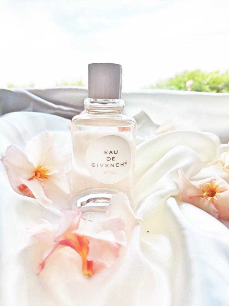 parfum-eau-de-givenchy-rosee-avis-test-blog-voyage-en-beaute-1