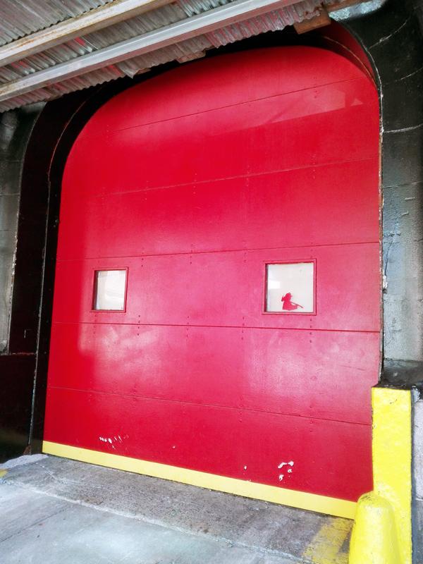 caserne-pompiers-SOS fantômes