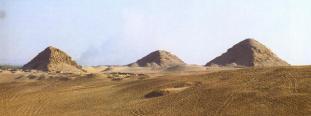 la-pyramide-dabousir