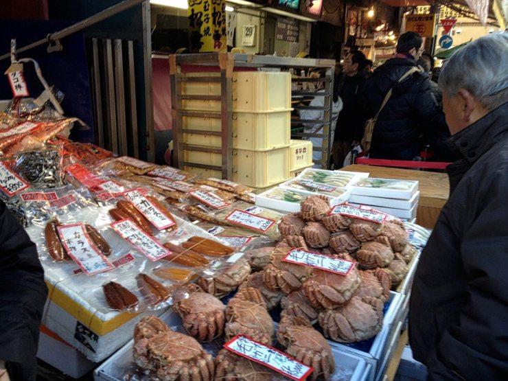 tsukiji-market-street-vendor