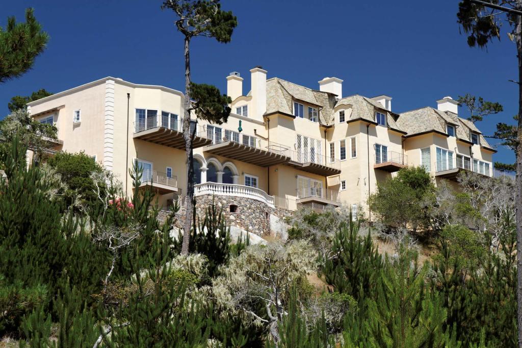 Monterey-Villa