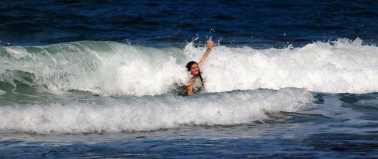 Charline body surfings