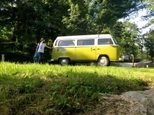 Seb et Scooby, le van de CevVan - Camping de la Salendrinque, France