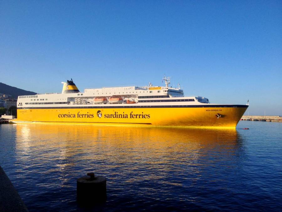Bateau de Corsica Ferries - Bastia, Corse